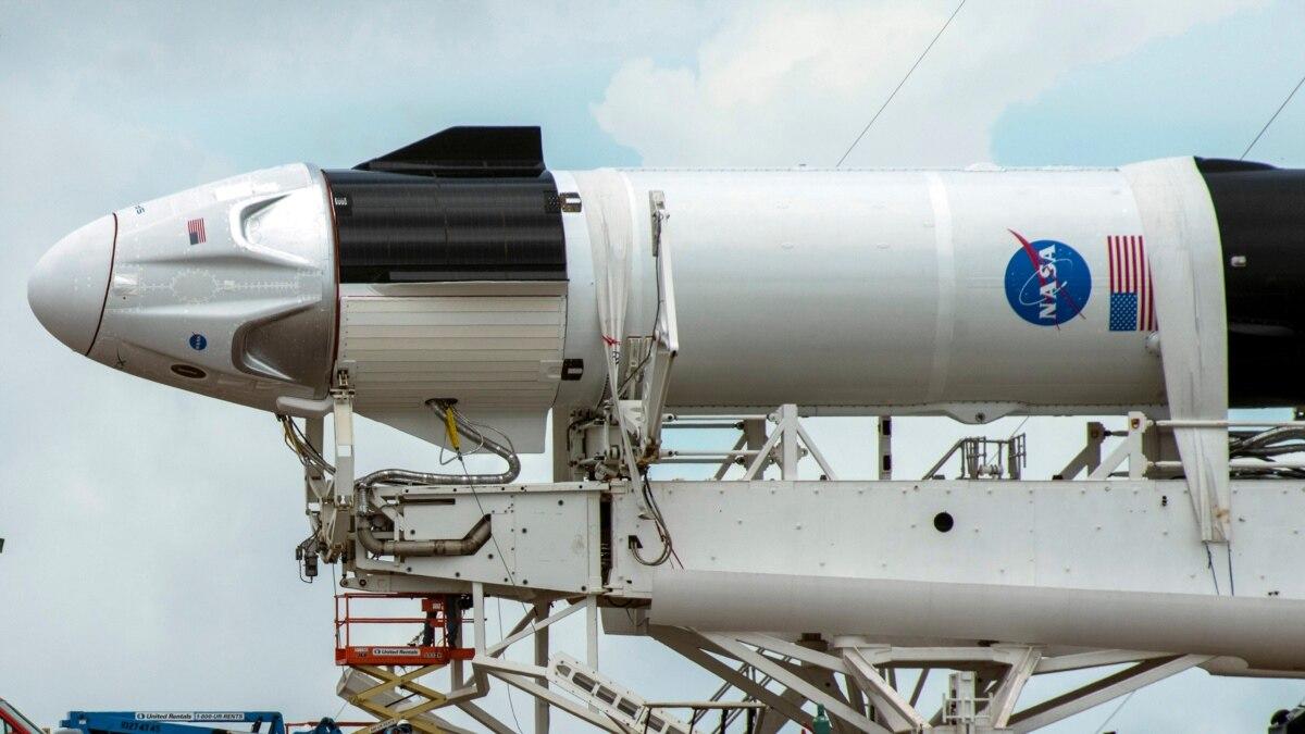SpaceX впервые отправит астронавтов НАСА на МКС