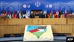 «کنفرانس فلسطین» در تهران و اهمیت آن در گفتوگو با حسنیاری، نوریزاده و مهدویآزاد