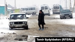 Одна из новостроек на окраине Бишкека.