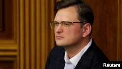 «Костянтин Рєуцький і Євген Васильєв щойно перетнули кордон», заявив міністр закордонних справ