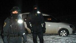Policijska akcija u Gornjoj Maoči u februaru 2010. foto: Mirsad Arnautović