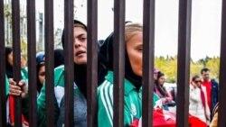 واکنشها به خودسوزی «دختر آبی»؛ فیفا خواستار تضمین آزادی و امنیت زنان ایرانی شد