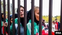 فیفا تلاش زنان ایران برای ورود به ورزشگاهها را «مبارزه مشروع» خوانده است