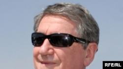 Trimisul special american în Afganistan, Richard Holbrooke la o conferință de presă la Kabul