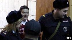 Надежда Савченко в Басманном суде, Москва, 10 февраля 2015