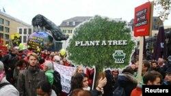 """""""Protejați clima, opriți cărbunii!"""", marș la Bonn înaintea Conferinței ONU, 13 noiembrie 2017"""