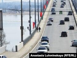 Въезд и вход на мост Саратов – Энгельс никак не контролируется