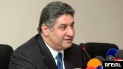 Министр молодежи и спорта Азербайджана Азад Рагимов