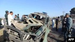 پلیس افغانستان در محل انفجار در هرات