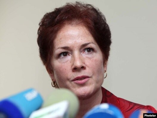Armenia -- U.S. Ambassador Marie Yovanovitch at a news conference in Yerevan, 23Mar2011.
