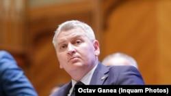 Deputatul liberal Florin Roman propune dublarea menzilor pentru apeluri flase la 112.
