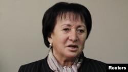 Алла Джиоева хорошо знает все эти проблемы - еще во время предвыборной кампании она ездила по селам и встречалась с людьми