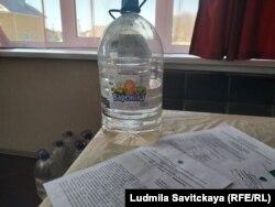 Роспотребнадзор советует жителям Псковского района пить бутылированную воду