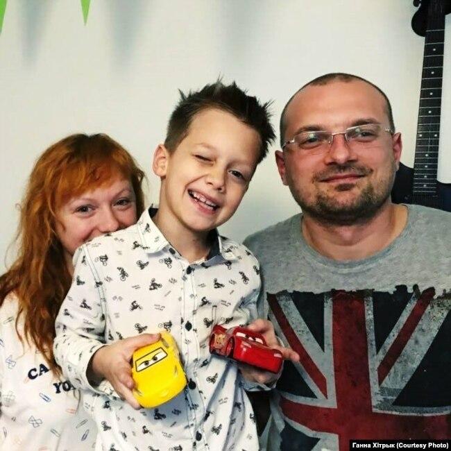 Ганна Хітрык з мужам Сяргеем і сынам Сьцёпам