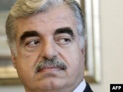 Rafik Hariri, mai 2004