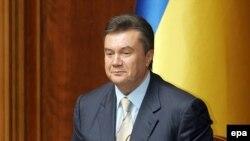 Герой дня Виктор Янукович пребывает в хорошем расположении духа