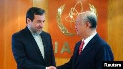 یوکیا آمانو در دیدار با عباس عراقچی
