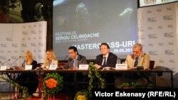 """Conferința de presă de la Ateneul Român cu ocazia deschiderii Festivalului Muzical """"Celibidache 100"""""""