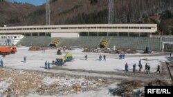 Высокогорный каток «Медео». Подготовка к зимним Азиатским играм. Aлматы, 17 ноября 2008 года.