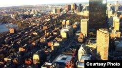 Вид на Бостон с высоты птичьего полета. 21 апреля 2013 года. Фото Карлыгаш Жакияновой.