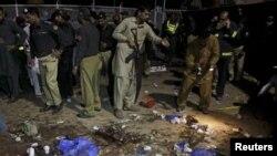 Последствия взрыва в Лахоре