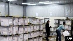 Qendra e numërimit të votave në Fushë-Kosovë.