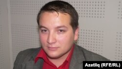 ГIезалойчоь -- Идал-хица болчу мехкийн регионалан а, динан а талламийн центран директор Сулейманов Раис.
