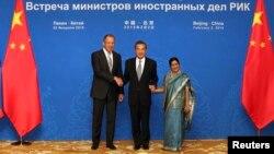 Одна з попередніх зустрічей міністрів групи «Росія – Індія – Китай»
