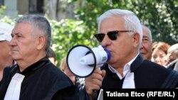 Emanoil Ploșniță la un protest al avocaților