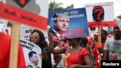 Нигерийцы требуют освобождения похищенных девочек из деревни Чибок