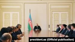 İlham Əliyev diplomatik korpusun nümayəndələri ilə görüşür, 31 may 2018