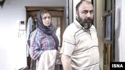 رضا عطاران و ترانه علیدوستی در فیلم «استراحت مطلق»به کارگردانی عبدالرضا کاهانی