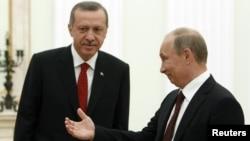 Одна из встреч Владимира Путина (справа) и Реджепа Тайипа Эрдогана (архив)