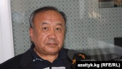 Эсенгул Өмүралиев.