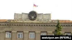 Nagorno-Karabakh - The Karabakh flag flies over the main government building in Stepanakert, 9Jul2011.