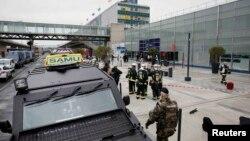 Полицейские подразделения в аэропорту Орли