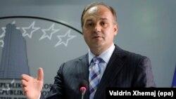 Kосовскиот заменик-премиер Енвер Хоџај