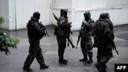 Ресейшіл сепаратистер .Донецк, 26 маусым 2014 жыл. (Көрнекі сурет)