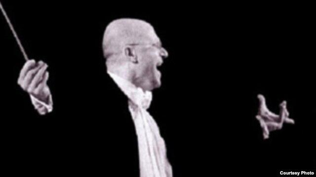 Dirijorul Raffaele Napoli