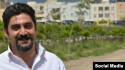 رضا سیگارچی یکی از دراویشی است که در درگیریهای امروز زندان تهران بزرگ، زخمی شده است