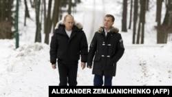 Medvedev, predsjednik u Putinovoj sjenci, premijer u ostavci