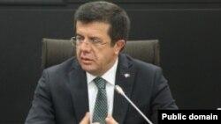 Թուրքիայի էկոնոմիկայի նախարար Նիհաթ Զեյբեքչի, արխիվ