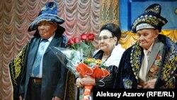 Назарбаевтың кластастары туралы кітап тұсаукесерінің құрметті қонақтары. Алматы, 20 желтоқсан 2013 жыл