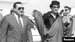 İdeologiyasız diktaturalar avtopilot rejimində öz dövranlarını sürürlər