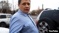 Полковник полиции Владимир Зиборов. Скриншот видео с сайта Youtube.