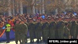 Parada militară din Pristina. Video gab