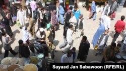Ауғанстандағы үлкен базарлардың бірі.