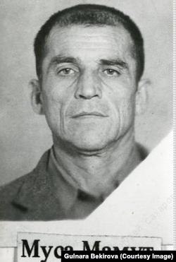 Муса Мамут. Архив автора