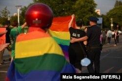 «Тбилиси прайду» удалось, не привлекая особого внимания, провести «Марш гордости»