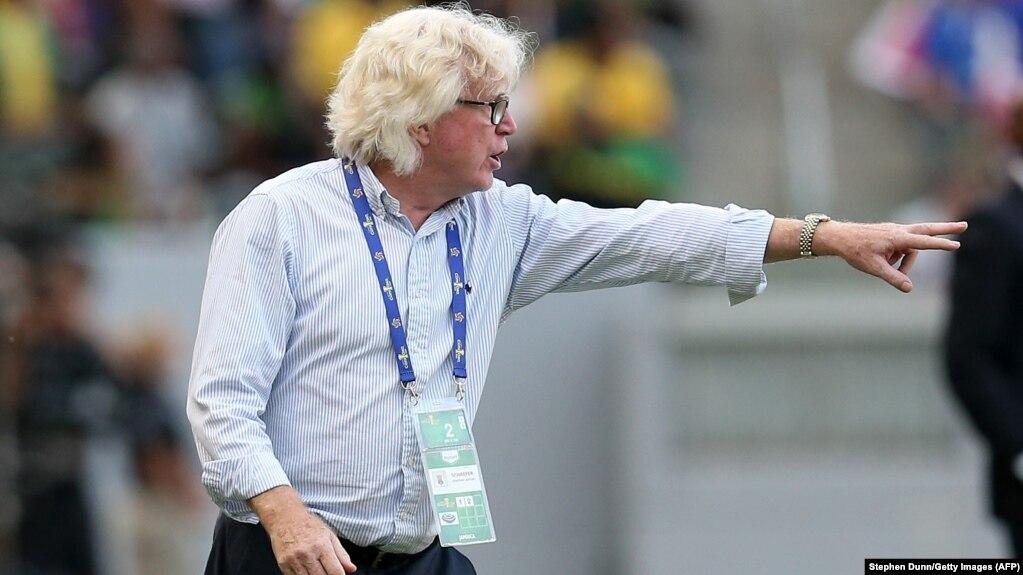 وینفرید شفر کمتر از دو سال سرمربیگری تیم استقلال را برعهده داشت و ابتدای اردیبهشت امسال از سوی هیأت مدیره این باشگاه کنار گذاشته شد